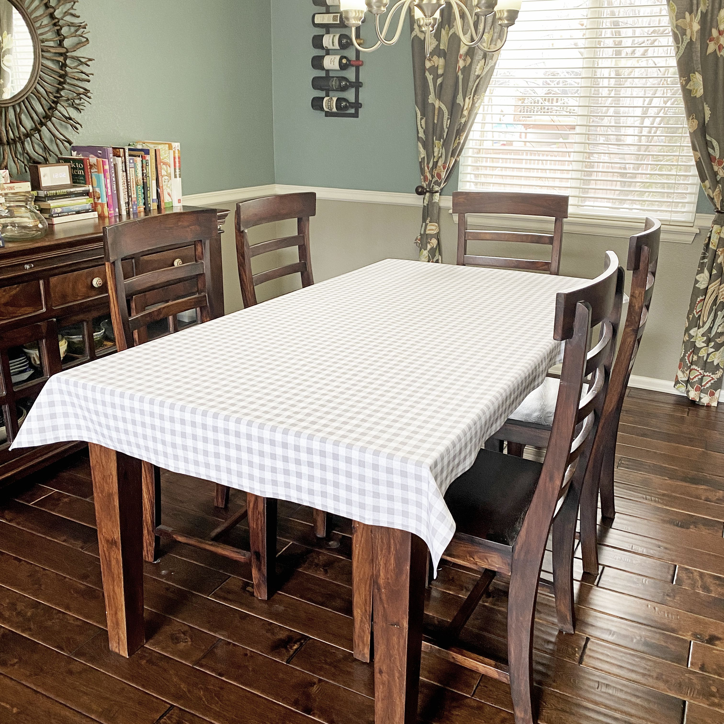 Picture of: How To Make A Tablecloth