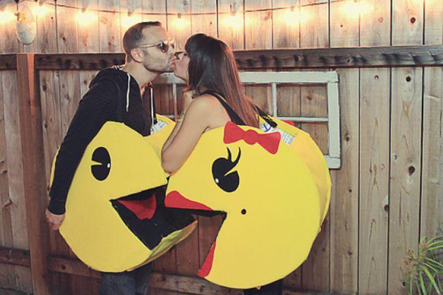 DIY Pacman couples costume