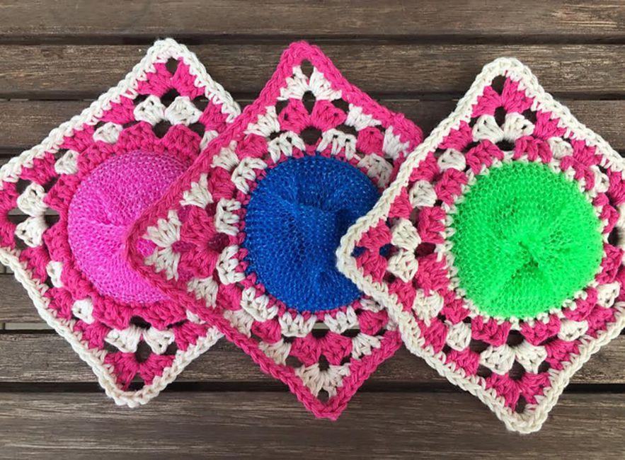 Circle Granny Square Scrubbie Free Crochet Pattern