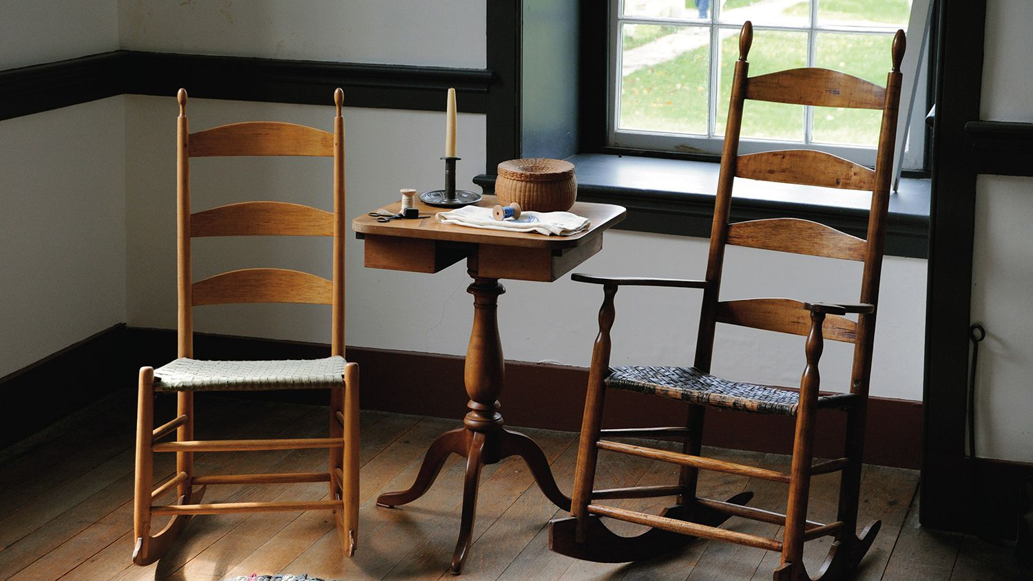 Picture of: The Shaker Chair Recognizable American Furniture
