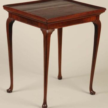 Queen Anne Style Tray Top Tea Table