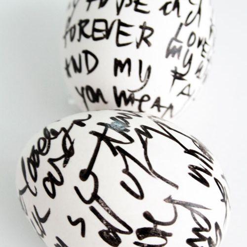 DIY Handwritten Easter Eggs