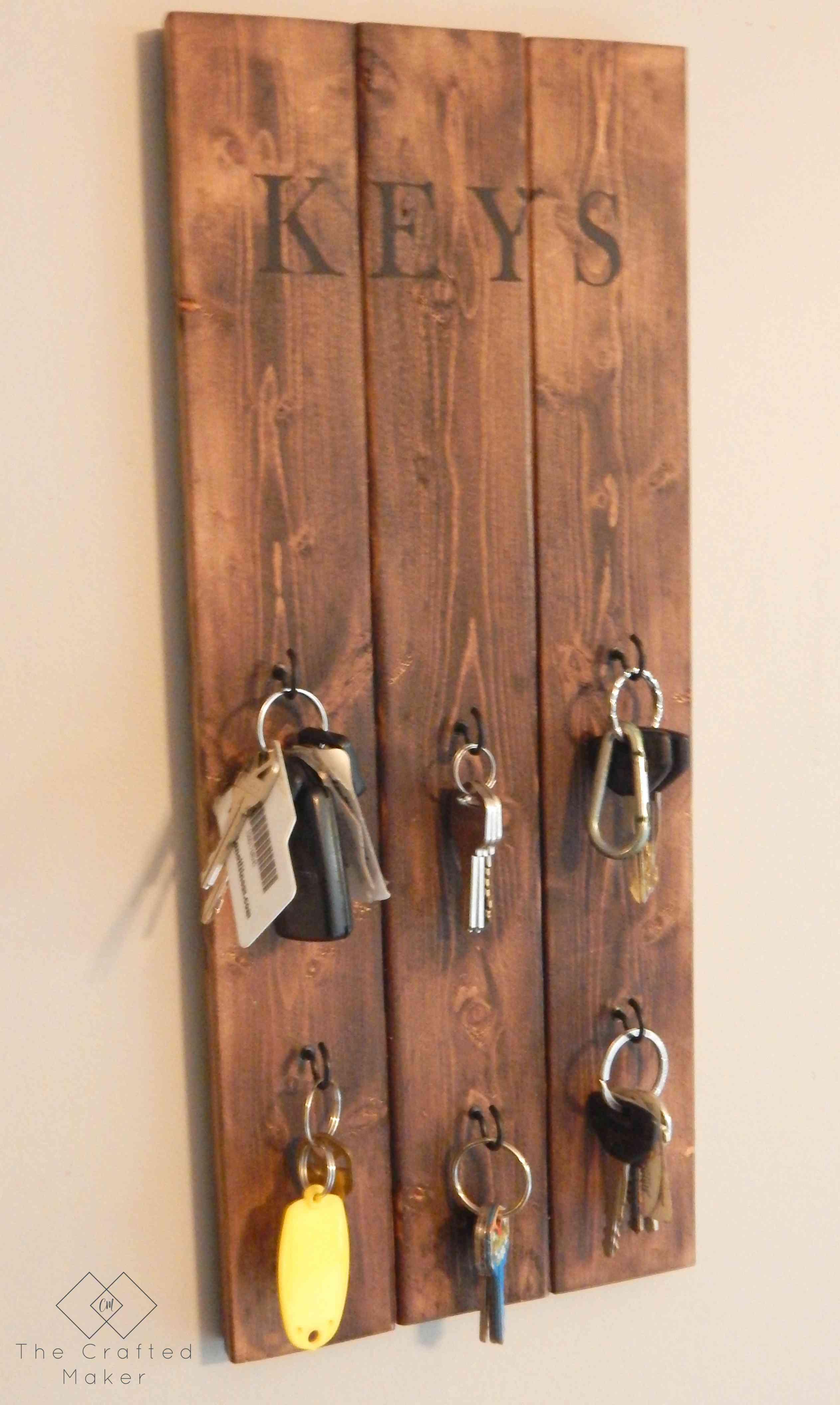 Simple Wood Key Holder