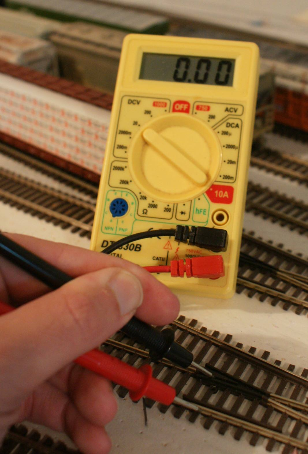 Model Train Switches Turnouts Or Points Simple Ways To Circuit Bend A Toy Bending Pinterest