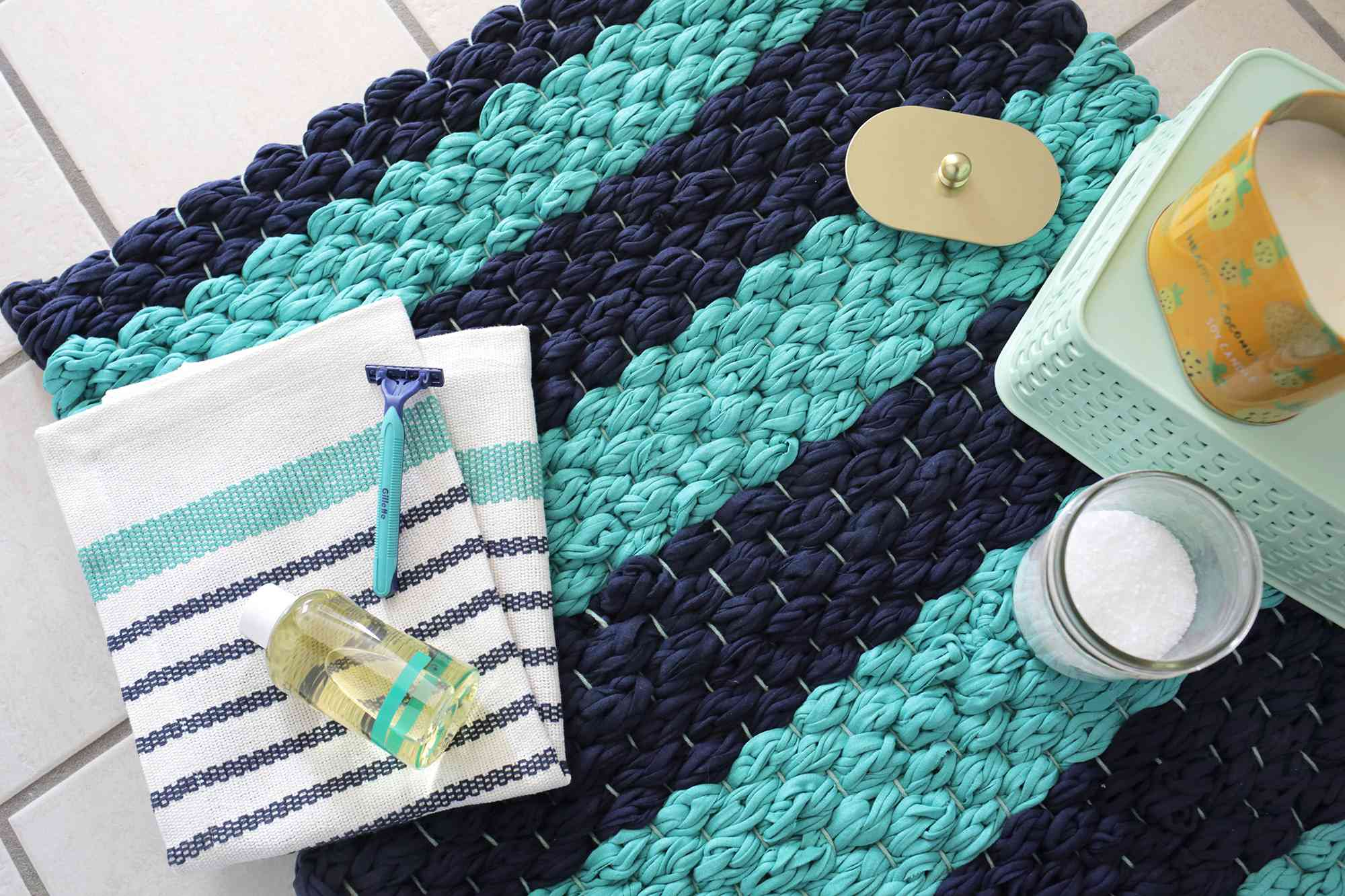 Finger Knit Chunky Woven Bath Mat