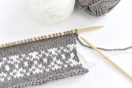 7e825e04e9e4 Fair Isle Stranded Knitting Tutorial