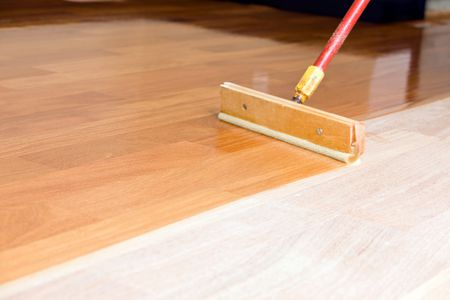 Lying Polyurethane For A Perfect Finish