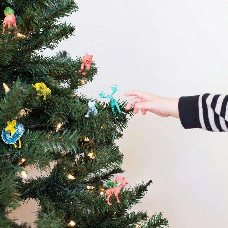 DIY Festive Animals For a Kid's Christmas Tree