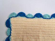 Two-Color Treble Crochet Shell Stitch Edging