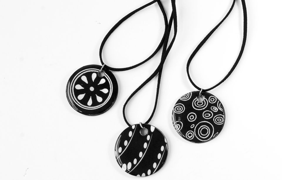 paper necklace craft