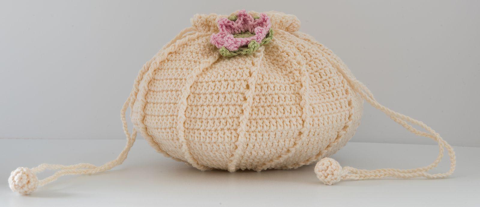 8 Creative Crochet Bag Patterns
