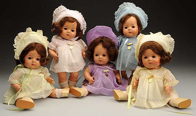 Dionne Quintuplets Doll Set