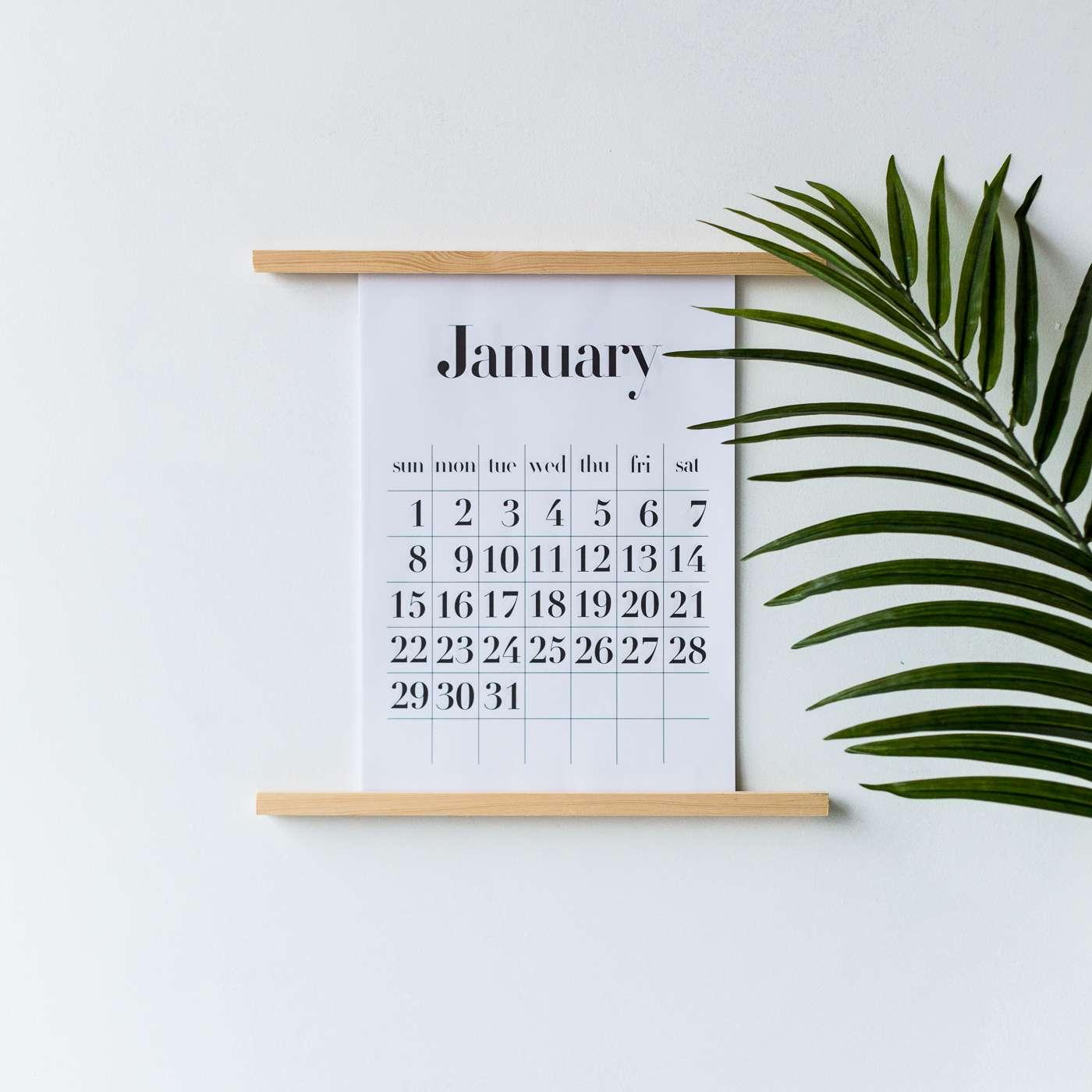 Wall Calendar Stand