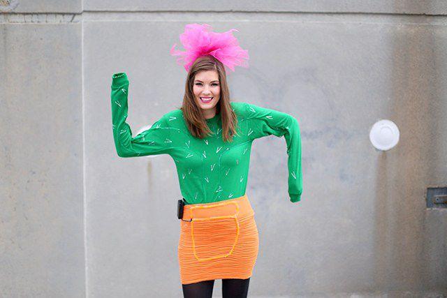 50 easy diy halloween costume ideas for adults diy cactus costume solutioingenieria Gallery