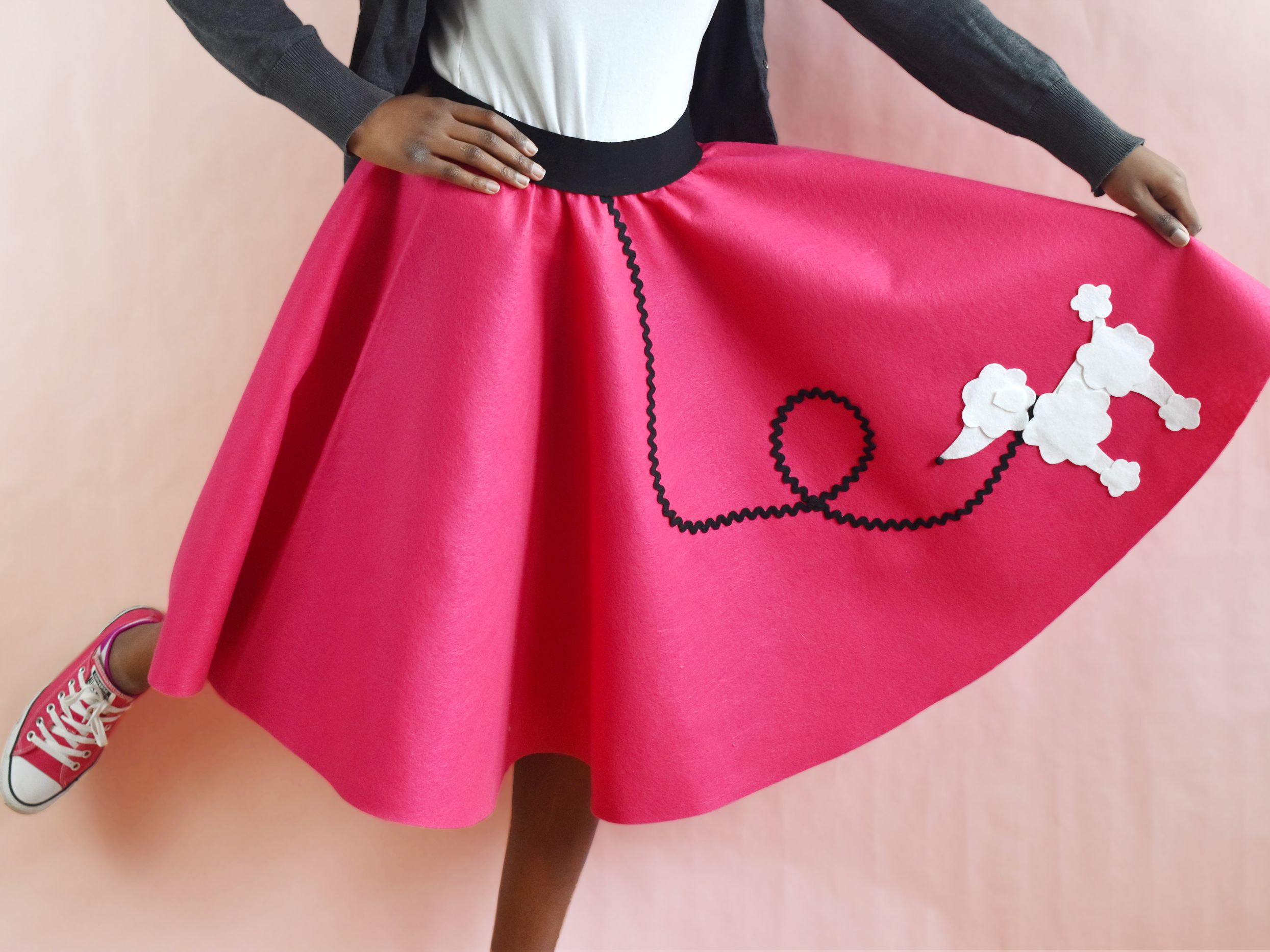 19a89160d How to Make an Easy-Sew Poodle Skirt
