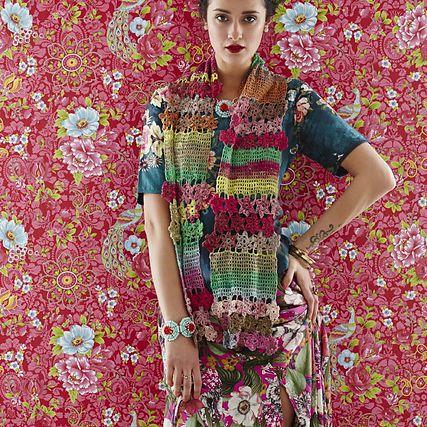 Floral Lace Crochet Scarf