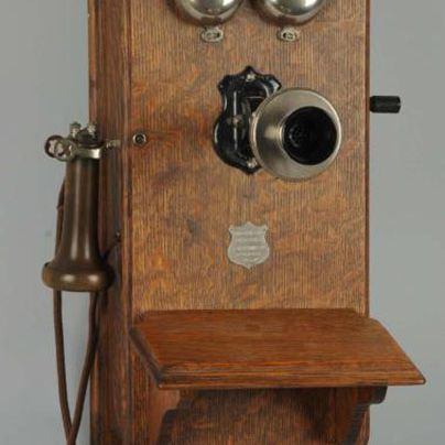 Plain Front Wall Phone - Identify Antique Wall Telephones