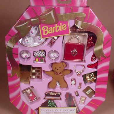 Holiday Presents Barbie Gift Set