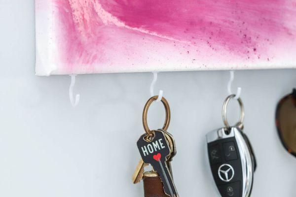 Resin Key Holder