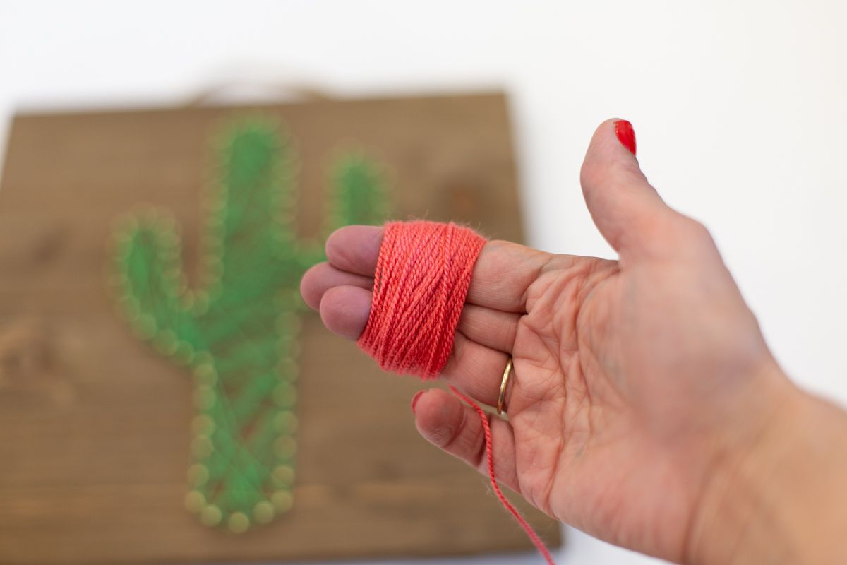 Wrapping Yarn to Create Cute Cactus String Art