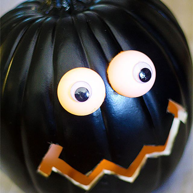 silly happy pumpkin carving