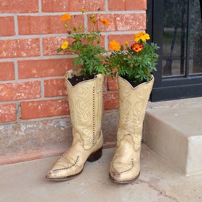 DIY Cowboy Boot Planters