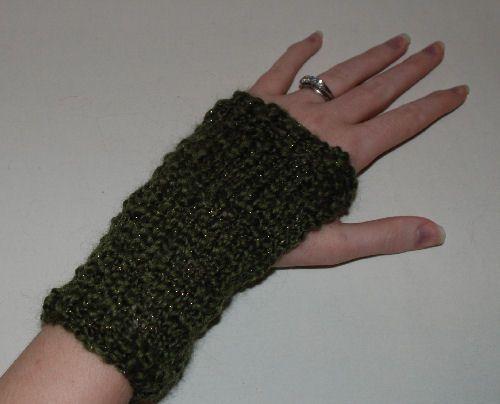 arm warmer on a left hand