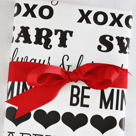 Black and white valentine wrapping paper