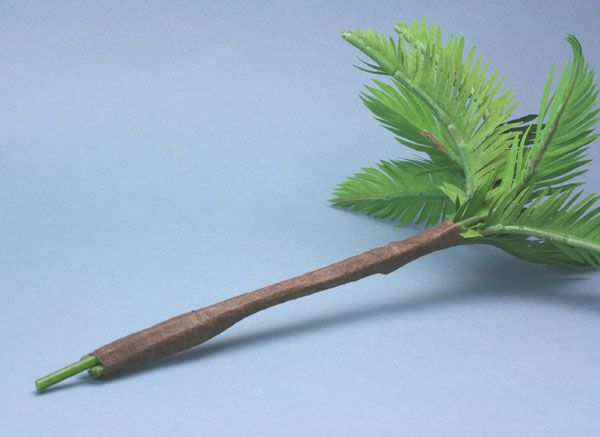 Individual wired miniature palm frond stems