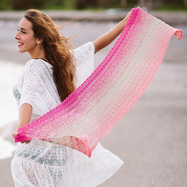 Multipurpose Degradé Shawl Free Crochet Pattern
