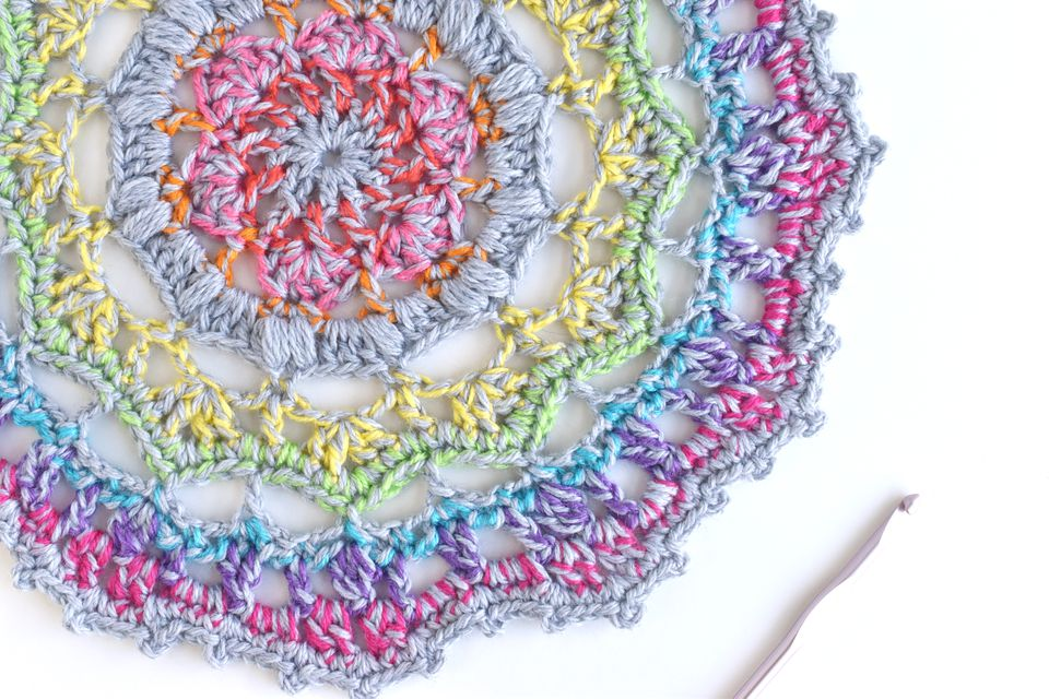 How to Crochet a Rainbow Mandala