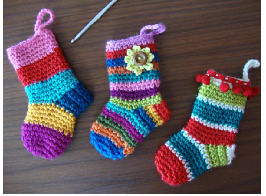 Top 12 Free Christmas Crochet Patterns