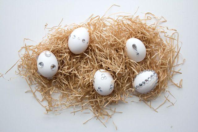 DIY Rhinestone Covered Easter Eggs