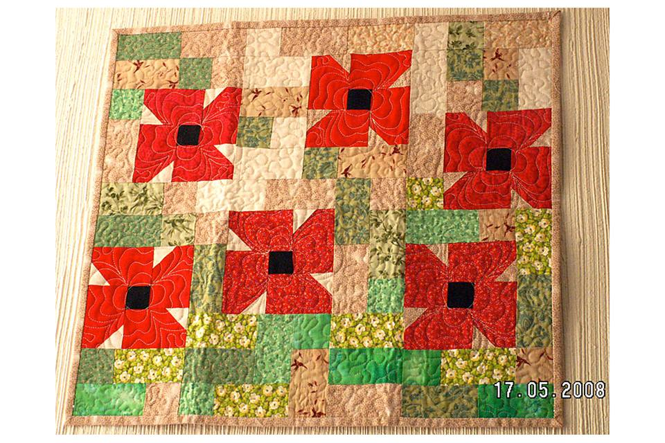 Poppy Fields Miniature Quilt