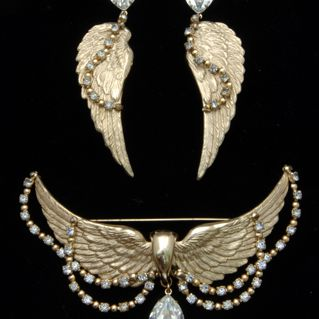 Ca. 1950s Napier Vintage Wings Brooch and Earring Set