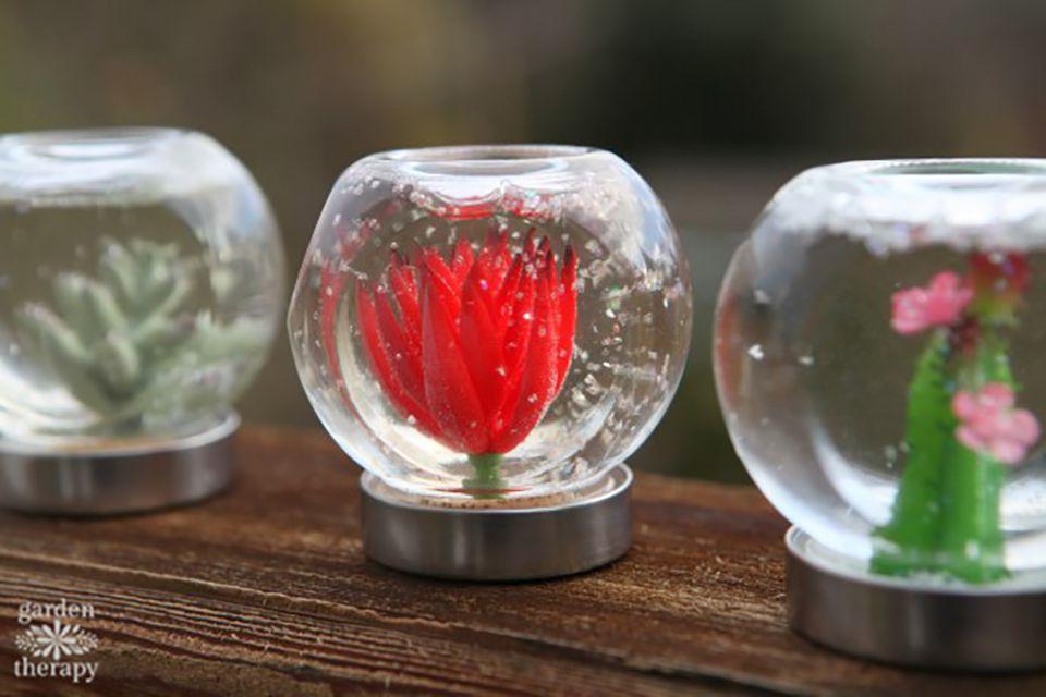 diy garden snow globes