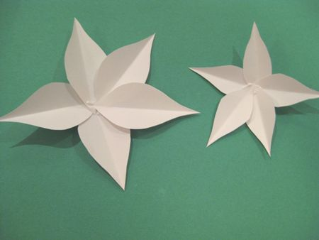 How To Make A Poinsettia Flower