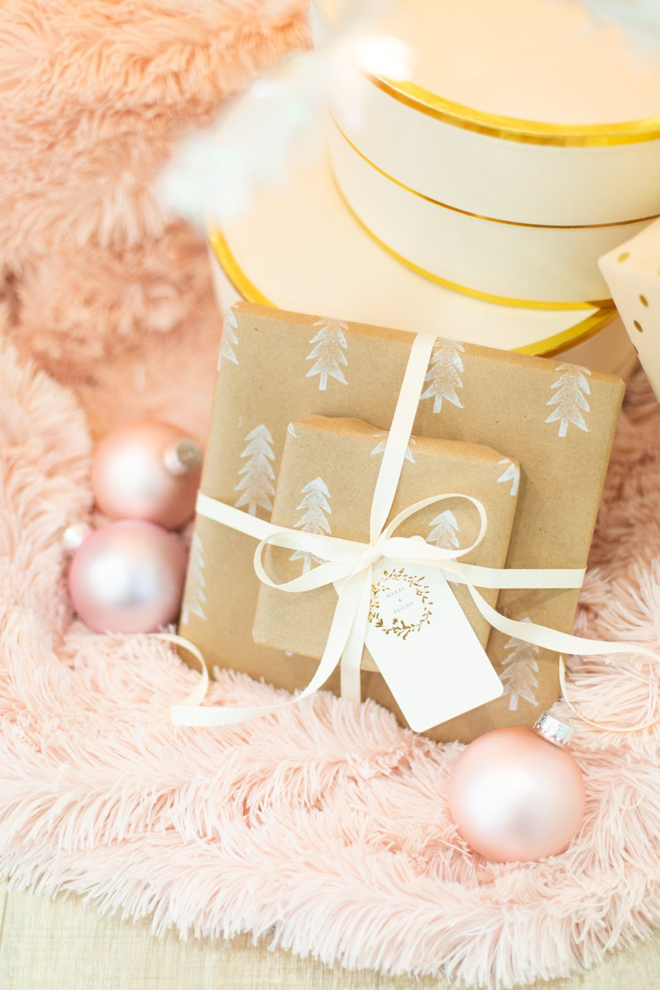How to make your own DIY wrapping paper