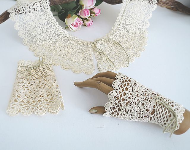 Crochet Lace Collar and Mitts