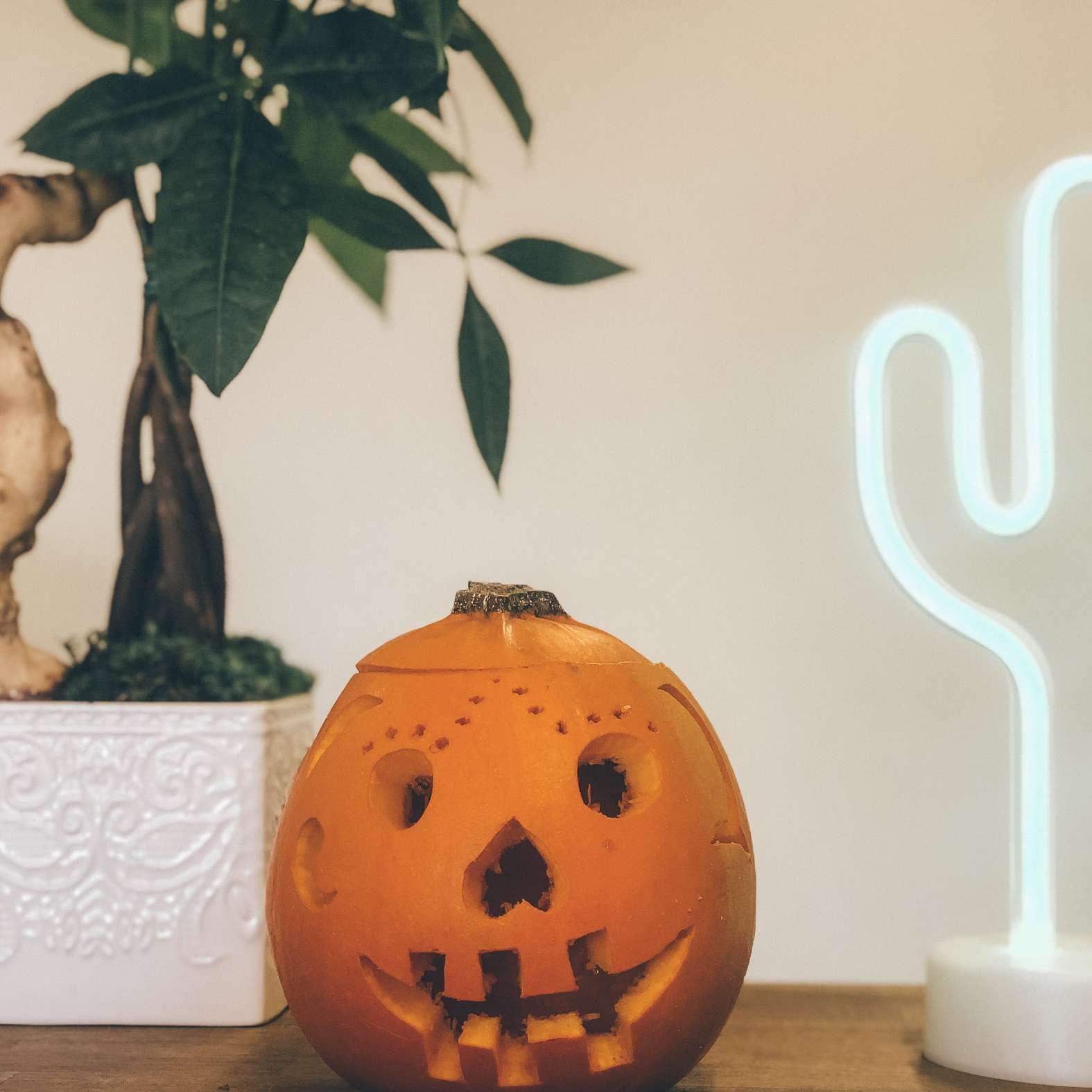 happy pumpkin carving