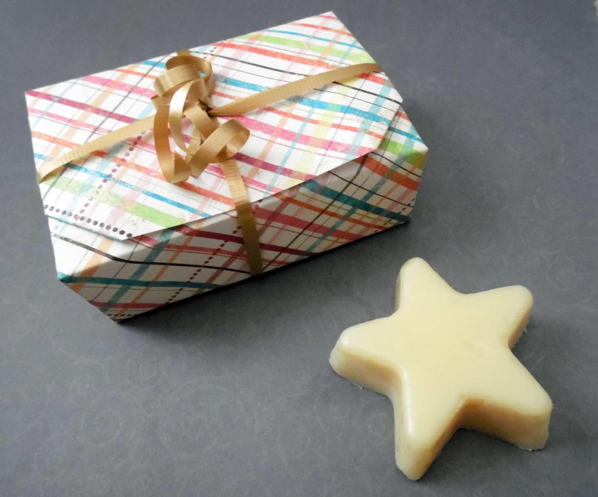 Self Closing Origami Box