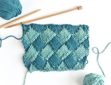 How to Do 2-Color Entrelac Knitting