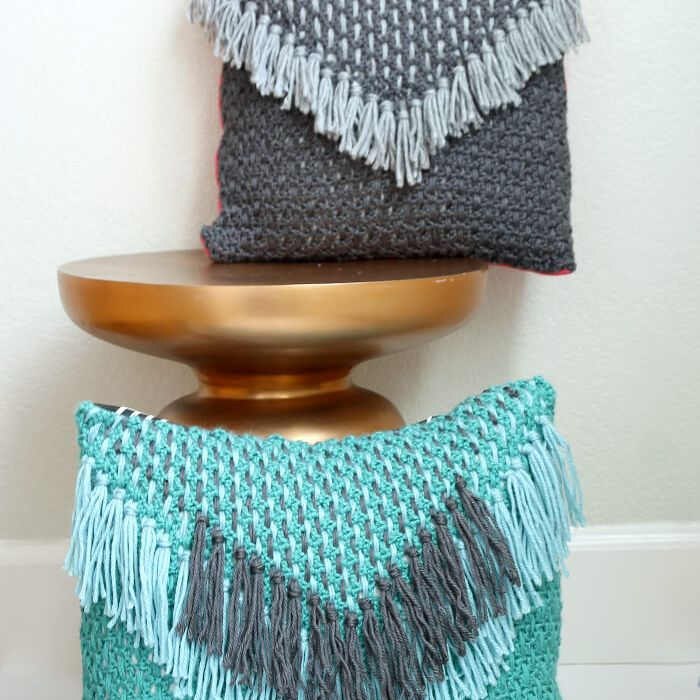 how to crochet and weave a pillowcase