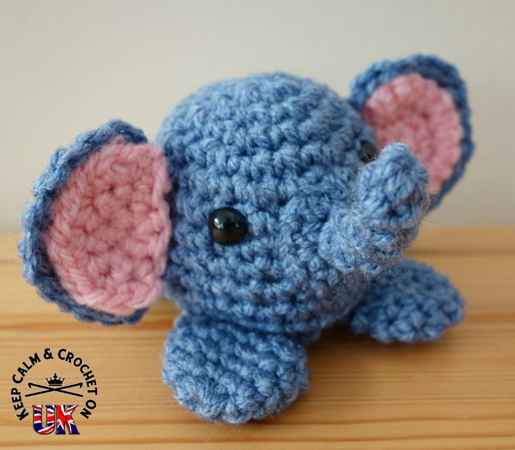 Baby Elephants on Parade Crochet Edging ~ Creating & Baking ... | 894x1023