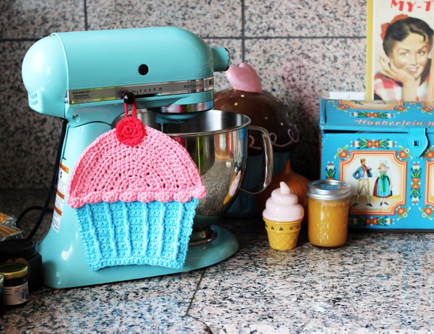 Twinkie Chan Cupcake Dishcloth Crochet Pattern