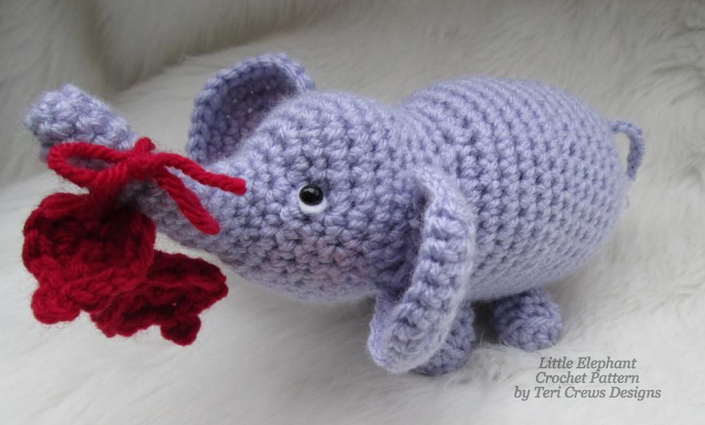 Mini Elephant Crochet Amigurumi Pattern | 617x1023