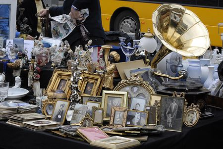 How To Haggle Or Bargain For Better Prices On Antiques