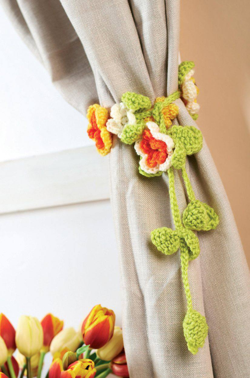 19 Free Patterns for Crochet Curtain Tie-Backs