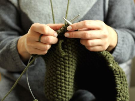 Learn How To Knit The Sand Stitch