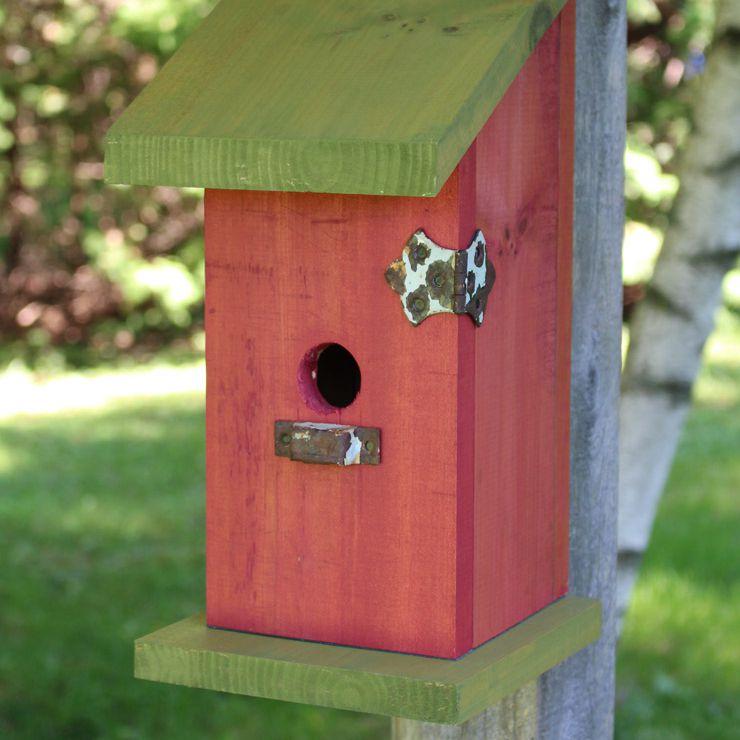 DIY Birdhouse with no nails